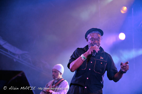 Alain_MARIE_chausse_tes_tongs_20130817_horace_andy_057.jpg